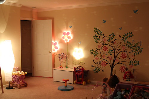 This is why i havent been around much the past two weeks home there is a 15 floor lamp and several flower shaped wall lamps the wall lamps are another thing that i have been collecting for quite a while mozeypictures Gallery
