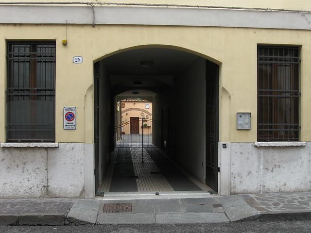 マントヴァの建築物のフリー写真素材