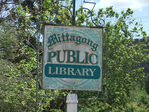 Mittagong library sign