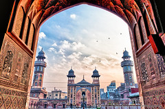 Mosque Wazir Khan, Lahore (Obaid Malik) Tags: pakistan mosque lahore hdr wazirkhan