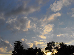 Cloud Shapes (mylifeaslynn) Tags: sunset sky sun nature beautiful clouds rays sunray