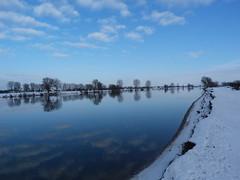 Winter Day (pindo76) Tags: blue winter cloud snow nature river landscape lumix photo stream blauw foto sneeuw natuur wolken panasonic maas bewolkt landschap rivier empel dmcfz40 fz40 fz45 dmcfz45