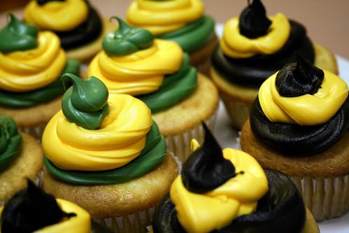 Super Bowl Cupcakes.