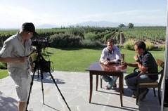 El vino de Mendoza llegará a más de 330 millones de hogares por televisión