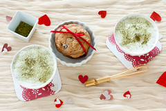 Matcha White Chocolate Latte (Emiko Taki) Tags: food green cookie heart tea drink chocolate valentine latte matcha greentea valentinesday whitechocolate