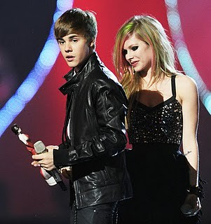 justin bieber and avril lavigne by mychosedstars