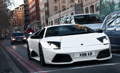Park Lane Cruiser. (Alex Penfold) Tags: park camera white black london cars alex sports car canon photography photo cool shot image awesome picture fast ab super exotic photograph lane lp rims lamborghini supercar nab numberplate exotica supercars murcielago penfold 640 x8 2011 lp640 450d hpyer lp6404 x8nab x8n