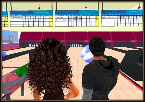 Bowling at Pando