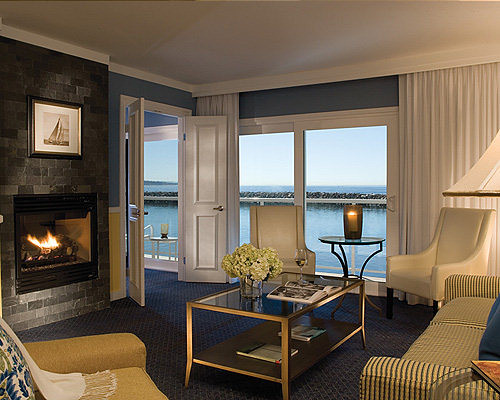 Redondo Beach Hotels | Portofino Hotel & Yacht Club