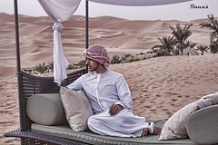 I'm sitting down here (.ღ♫°Qanas°♫ღ.) Tags: colors photography sitting looking desert united dream style palm emirates arab silence arabian abu dhabi hdr qanas liwa rashed 2011 humaid alrumaithy processig alzaabi