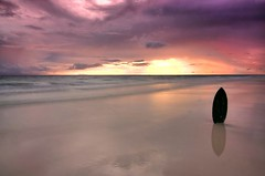 Boracay Sunset #4 (maciej.ka) Tags: ocean sunset white reflection beach palms sand asia paradise philippines union dream violet beachlife insel western tropic boracay isle daydream tropics visayas malay philipines equator paradiseisland pilipinas palay isola skim sueno skimboard le whitebeach aklan traum blueocean songe desiderio dreambeach insula thevisayas boracaysunset malayaklan aklanphilipines boracayphilipines