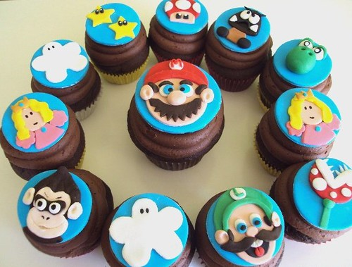 the flour basket - super mario cupcakes