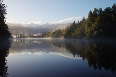 Lake Matheson (Colin Hodges) Tags: reflection sunrise geotagged