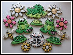 Congrats on the New Pad cookies (East Coast Cookies) Tags: green cookies frogs decoratedcookies frogcookies flowercookies customcookies newapartmentcookies lilypadcookieslilypad