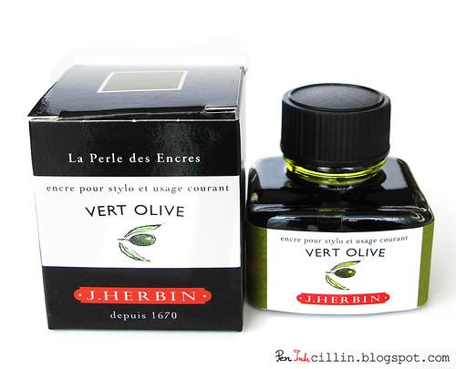 J Herbin Vert Olive ink