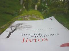 Forever... (GreenPool5) Tags: book ameninaqueroubavalivros
