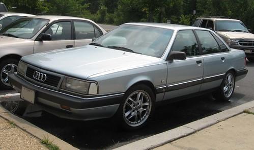 Audi-200-turbo-1
