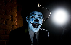 Clowns-5092 (DailyQuota) Tags: cool1 cool2 uncool uncool2 uncool3 uncool4 cool3 uncool5 uncool6 uncool7 iceboxuncool
