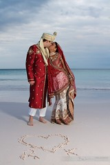 Indian Wedding (Ben Jamieson Photography) Tags: wedding beach indian bahamas harbourisland pinksands ef24105mmf4lisusm