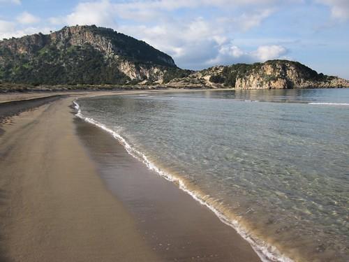 The beach at Voidokilia