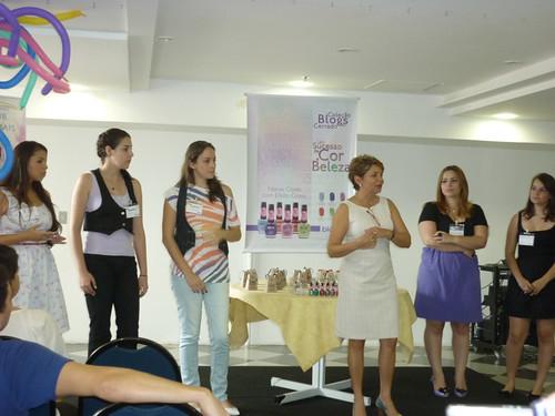 Sra.Tânia e as blogueiras da coleção.