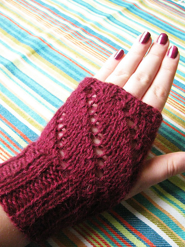 Mitts matching Edna Rose hat