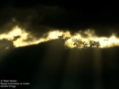 trilogia de rayos luminosos parte 2 (Mex::::::Gabriel:::Parker::::::Arg. 2016 images) Tags: bw color clouds nubes trilogias trilogys nubescontrarayosdeluz