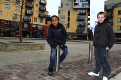 Growing up in a big city (Che-burashka) Tags: street urban london boys smile childhood kids modern documentary kitlens urbanism development northgreenwich londonist spn spnp moderndwellings canonefs1855mmf3556is streetphotographynow streetphotographynowproject