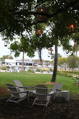Courtyard in the evening (mimi5355) Tags: trees lights inn chairs florida postcard relaxing hotels vactions