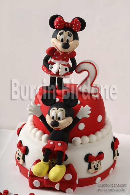 Minnie ve Mickey Mouse Pastasi 1
