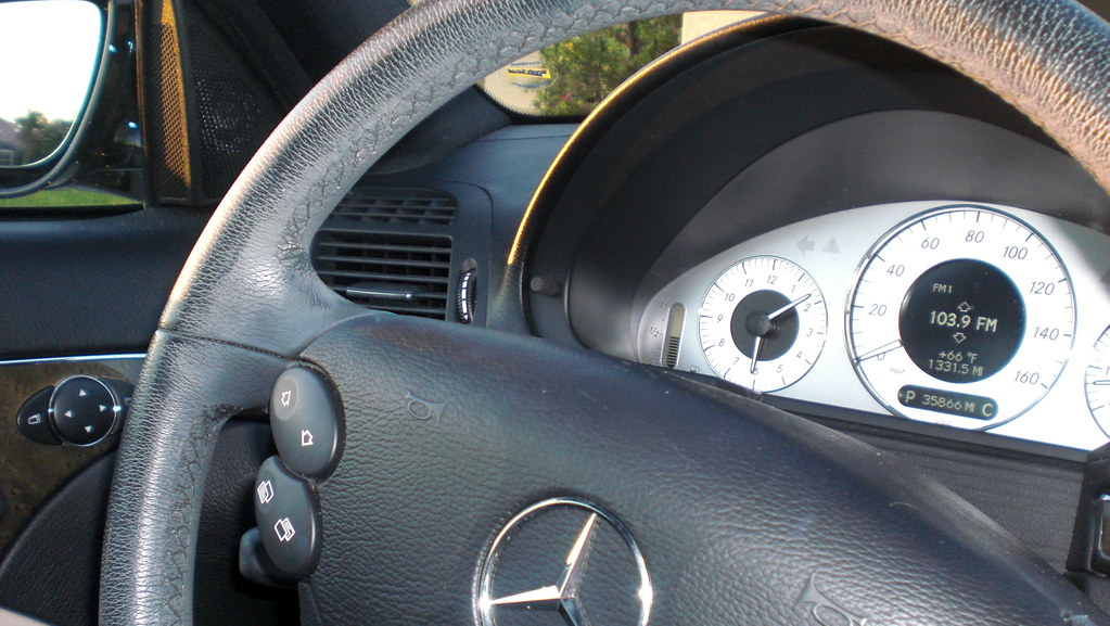 Mercedes E350 Steering Wheel
