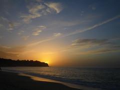 Tramonto a Tropea (Davide Mzz) Tags: sunset italy italia tramonto mare cielo calabria tropea