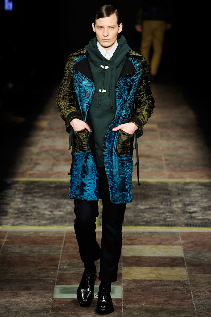 Albert Kraup3130_FW11_Copanhagen_Kopenhagen Fur(Official)
