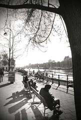 Amsterdam Amstel (Guido Havelaar) Tags: bw holland netherlands monochrome amsterdam blackwhite monotone schwarzweiss pretoebranco noirblanc 黑白色 neroeblanco lovelycity ブラックホワイト чорныбелы