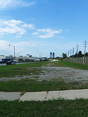 a vacant parcel near commuter rail in Hegewisch (by: vxla, creative commons license)
