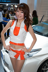 TAS 2011-11.jpg (Kelvin Song) Tags: girl car japan tokyo model who location exhibition event where showgirl chiba when what makuharimesse tas2011 tokyoautosalon2011