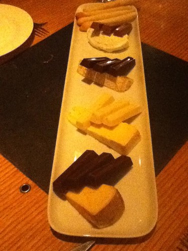 Cava: cheese and chocolate