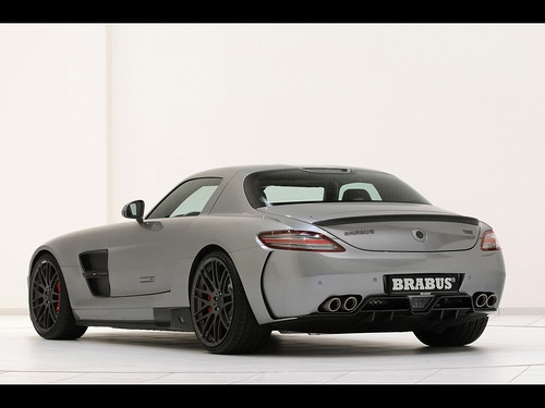 2011-Brabus-Mercedes-Benz-SLS-AMG-700-Biturbo-Rear-And-Side-1280x960