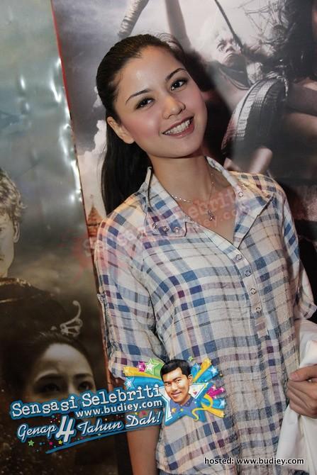 Lisa Surihani Merong