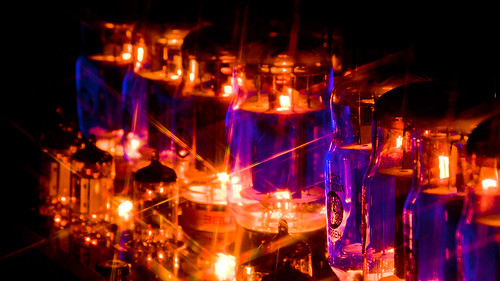Blue Glow in Electron tubes - EMISSION LABS TUBES