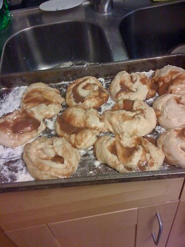 cinnamon buns (process 03)