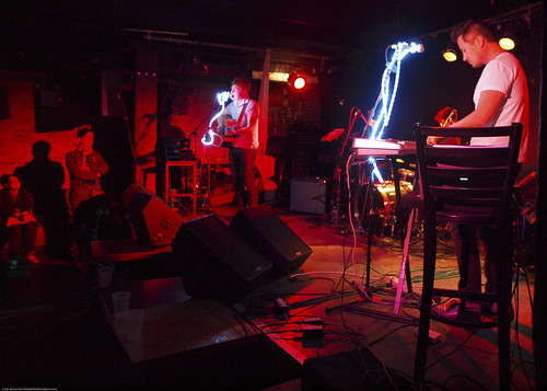 03.02.11a High Highs @ Mercury Lounge (5)