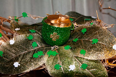 Luck O' the Irish (243/365) (BanjoNutz) Tags: irish green gold wreath 365 stpatricksday day243 potofgold