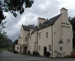 Fortingall Hotel (PrawnFM 05) Tags: 2005 hotel scotland september fortingall glenlyon fortingallhotel