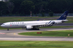 China Airlines | Airbus A330-300 | B-18311 | Skyteam livery | Singapore Changi (Dennis HKG) Tags: dynasty chinaairlines taiwan cal ci airbus a330 a330300 airbusa330 airbusa330300 aircraft airplane airport plane planespotting singapore changi wsss sin b18311 skyteam canon 7d 100400