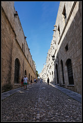 Street of the Knights (J-o-h-n---E) Tags: greece holiday travel rhodes medieval street streetoftheknights people visitors converginglines