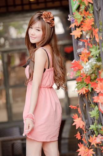 [フリー画像] 人物, 女性, アジア女性, タイ人, ファッション, 201101312100