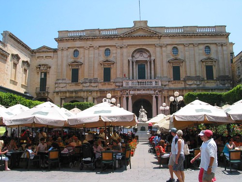 Eating out on a square in Valletta
