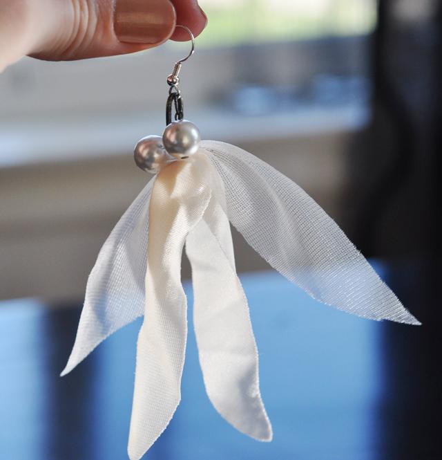 drop pearl and nude sheer fabric earrings DIY