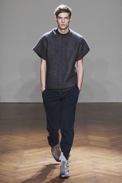 FW11_Milan_Albino Deuxieme001_Adrian Bosch(Simply Male Models)